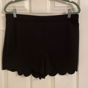 Express Scalloped edged Black Shorts Size Lg